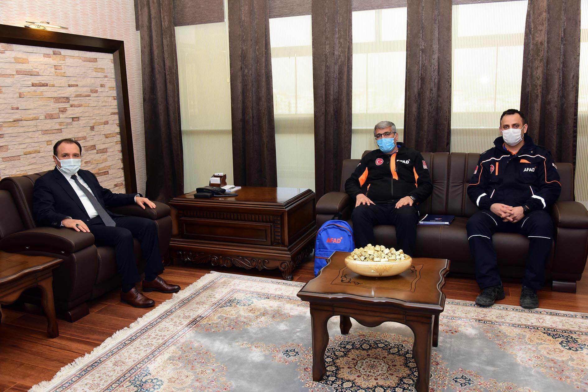 Rektör Karakaş AFAD İl Müdürü Buldan'ı Kabul Etti